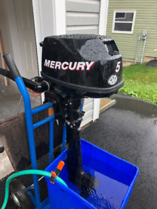 5HP Mercury Outboard Motor - Perfect for dinghy or sailboat.