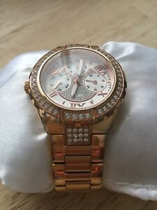 """Stainless steel """"rose gold"""" Ladies GUESS watch Cambridge Kitchener Area image 2"""