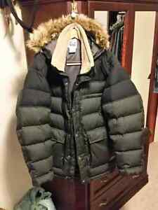 Very warm men's large Sorel winter down jacket.