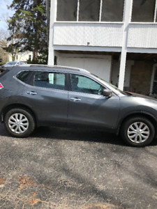 2016 Nissan Rogue- New Reduced Price