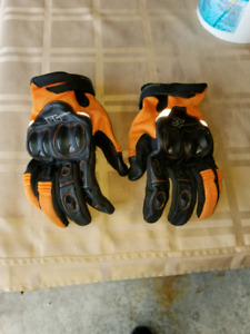 Mens speed and strength gloves
