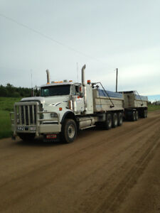 2004 Freightliner Tri Drive with reman 6NZ 550 CAT Power!!!