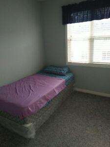 Shared short term 1 bed furnished  Mississauga