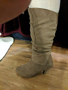 Dress Boots size 9