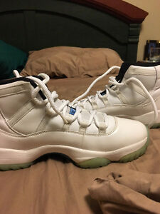 Jordan 11 Retro XI Legend Blue Size 10 Shoes Basketball Cambridge Kitchener Area image 2