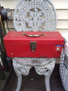 Vintage mastercraft tool box