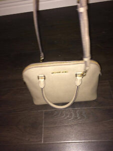 "Authentic Michael Kors Medium ""Cindy"" Purse St. John's Newfoundland image 1"