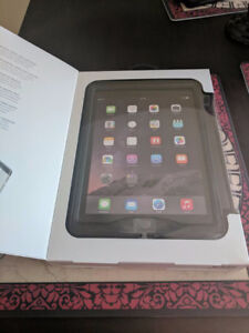 New In Box Lifeproof Nuud Case for Ipad Air 2
