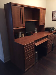 Beautiful Solid Wood Computer Desk with Hutch and Accessories!
