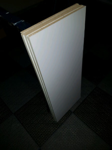 GRIMSBY- FREE melamine shelving white good condition x 4