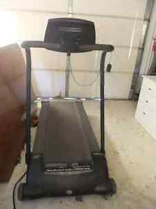 athlon iQ 2.5 treadmill in great cond