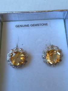 925 gold plated Earrings with Citrine stone. Marked letters SB