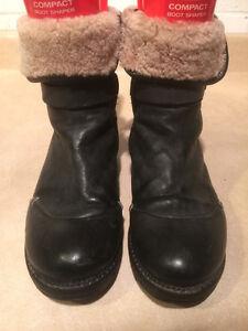 Women's Manas Design Boots Size 5.5 London Ontario image 2