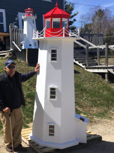 Lighthouse, Peggy's Cove Replica Solar