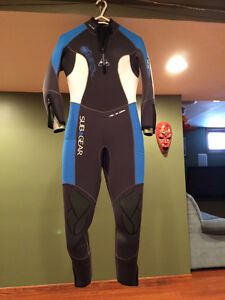 Women's SubGear 8mm Wet Suit