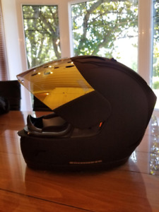 Casque moto Icon Alliance Dark Small+ vitre en surplus état neuf