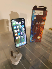 Apple iPhone XS Space Grey 64GB Unlocked + Charger + 1-Month Warranty