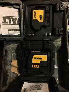 LASER DEWALT  / bateries FLEX VOLT 60 V