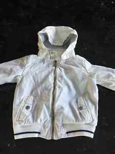 Manteau blanc et bleu marin baby Zara