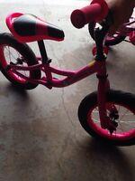 """Vélo d'équilibre louis Garneau rose 12"""""""