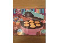 *BRAND NEW* Cupcake maker and batter dispenser
