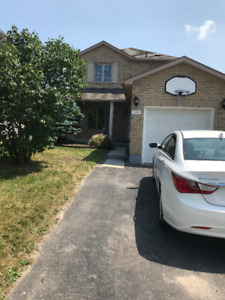 Detached Home for Rent 3 bed 3 bath SE Barrie