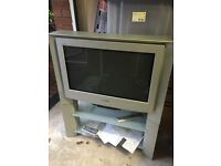 "Sony vintage CRT 28"" inch to with stand and remote. Fully working"
