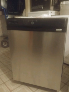 Lave vaisselle stainless kenmore  160$LIVRAISON  POSSIBLE