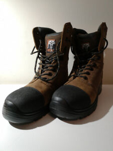 Timberline By Kodiak - Safety Boot (Size 9, CSA)