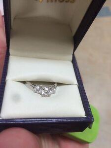 Anniversary / Engagement Ring