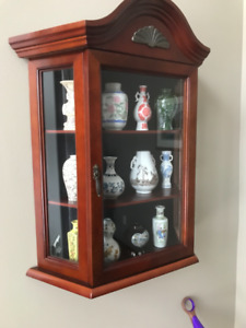 Franklin Mint Mini Vases with cabinet