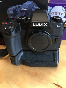 REDUCED AGAIN Panasonic G85 camera  w/battery grip, warranty!