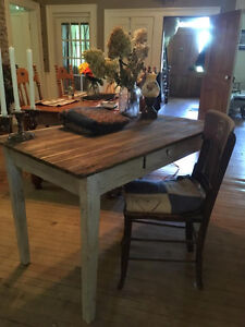 Very old Antique Harvert Table Kitchener / Waterloo Kitchener Area image 6