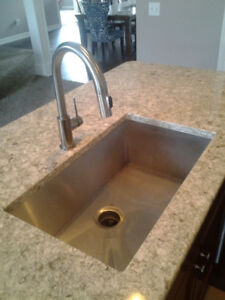 Stainless steel sinks available at Nova Countertop