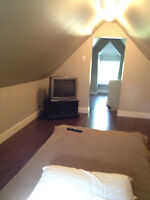 Upstairs Room in a Beautiful 2-Bedroom House
