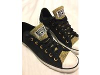 Limited edition converse size 7.5