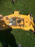 Cub cadet lawn mower deck