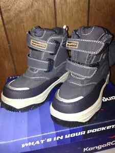 New, Boys size 1 winter boots