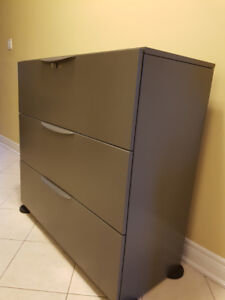 Commercial Grade Lateral Filing Cabinet