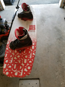 Wakeboard liquidforce ps3 137 + fixation