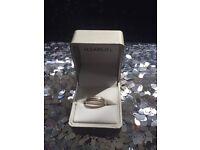 White gold 1/4 diamond ring