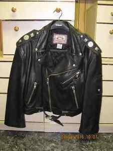 veste de cuir noir