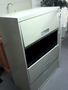 Grand and Toy Heavy Duty 4 Drawer Lateral Filing Cabinet