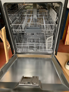 Bosch Silence Plus 50dBa chrome dishwasher