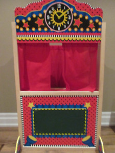 Puppet Theatre with 10 puppets. New Condition