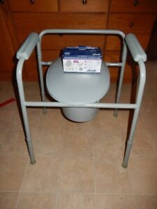 Commode Chair + Pail + Liners