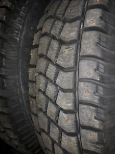 265/75/16 Studded Snow Tires