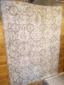 """BRAND NEW Grey off white low pile rug 6'7"""" x 9ft"""