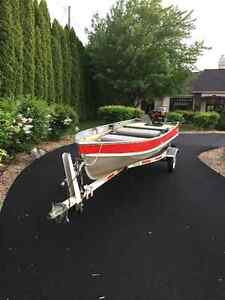 Immaculate 14 Lund boat, 9.9 Hp Merc and Trailer