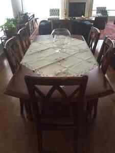 Table salle a manger avec 6 chaise/ Dining tableset with 6 chair West Island Greater Montréal image 3